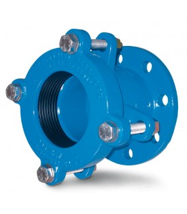 Large tolerance flange adaptors